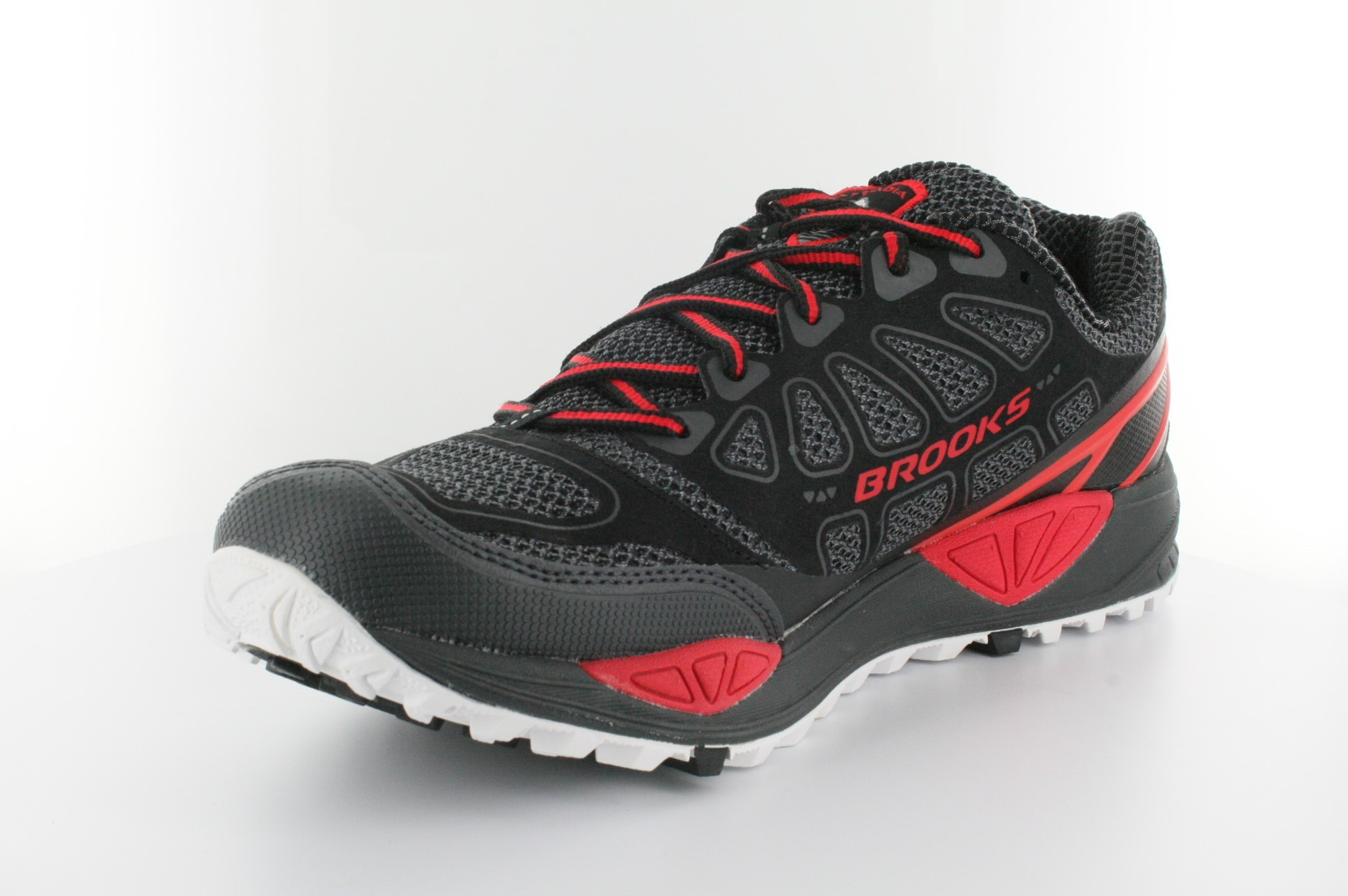 Brooks Cascadia Running Shoes Review